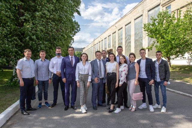 Встреча Владимира Гутенёва с молодыми специалистами завода