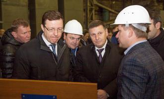Врио губернатора Самарской области Дмитрий Азаров познакомился сзаводом «ТЯЖМАШ»